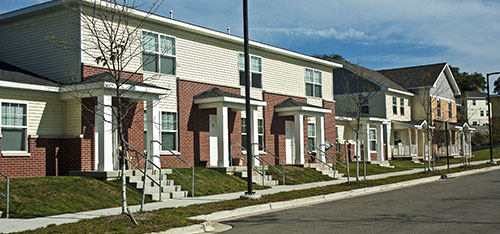 Creston Plaza Apartments, duplex and trilex units